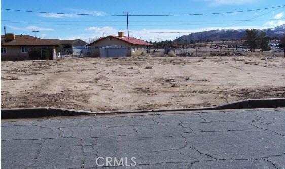 Land for Sale at 6823 Warren Vista Avenue 6823 Warren Vista Avenue Yucca Valley, California 92284 United States