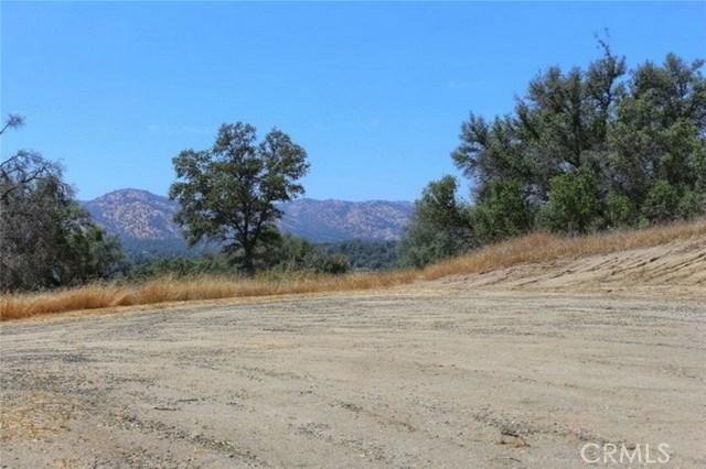2374 Green Hills Road, Mariposa CA: http://media.crmls.org/medias/8c49e89f-593d-460b-a238-58fe1533c814.jpg