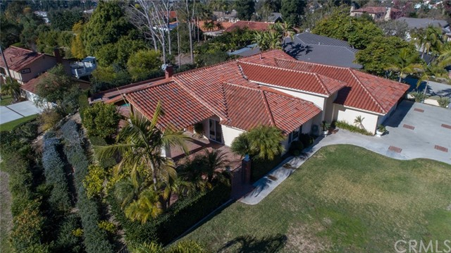 24842 Red Lodge Place, Laguna Hills CA: http://media.crmls.org/medias/8c51b1e7-0cb5-44ba-88ea-64c40e8604c8.jpg