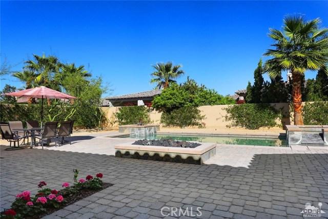 81038 Monarchos Circle, La Quinta CA: http://media.crmls.org/medias/8c59fe45-72d7-4c46-9edc-b534b9506323.jpg