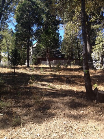 26373 Lake Forest Drive Twin Peaks, CA 92391 - MLS #: PW18108072