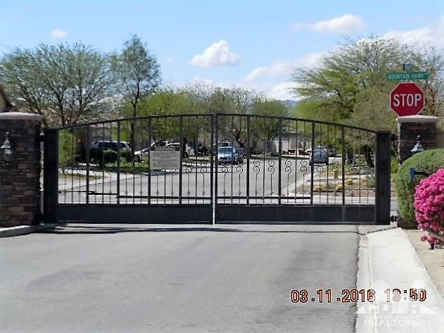 0 Bald Eagle Lane, Desert Hot Springs CA: http://media.crmls.org/medias/8c69f96a-2925-4714-9cc9-2588f9b86db0.jpg