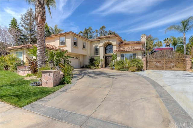685 Noble Rd., Simi Valley CA: http://media.crmls.org/medias/8c6e7d7c-8add-4a4d-b074-a3f809c863d1.jpg