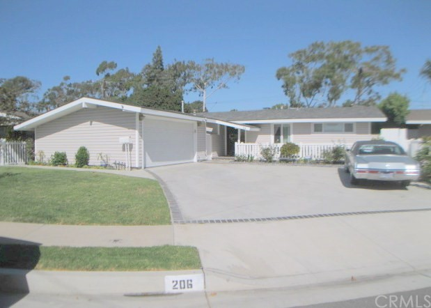 206 Hanover Drive, Costa Mesa, CA, 92626