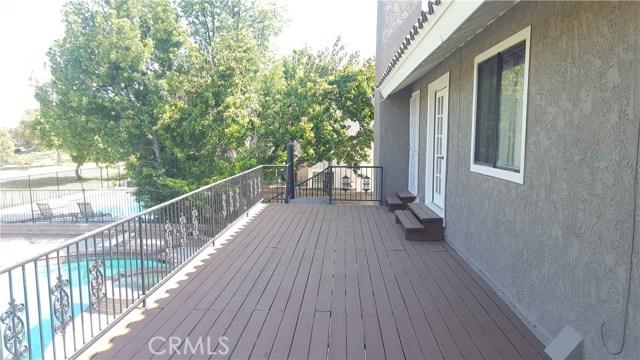 3019 Choctaw Avenue, Simi Valley CA: http://media.crmls.org/medias/8c826dab-82ee-460b-8ade-310fa9efc996.jpg