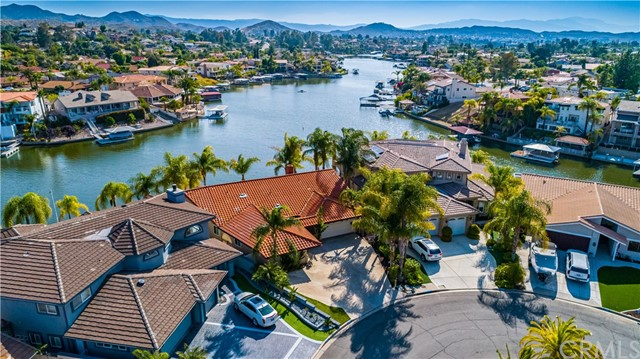 Photo of 30364 Skippers Way Drive, Canyon Lake, CA 92587