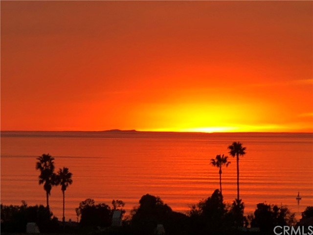 2316 Via Carrillo Palos Verdes Estates, CA 90274 is listed for sale as MLS Listing PV18043994