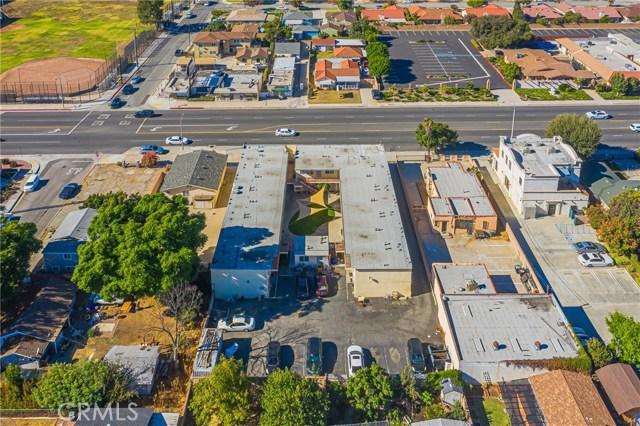 1232 S San Gabriel Boulevard, San Gabriel CA: http://media.crmls.org/medias/8c9bd62e-ecb1-4c5a-baa3-4aeba28a4cb8.jpg