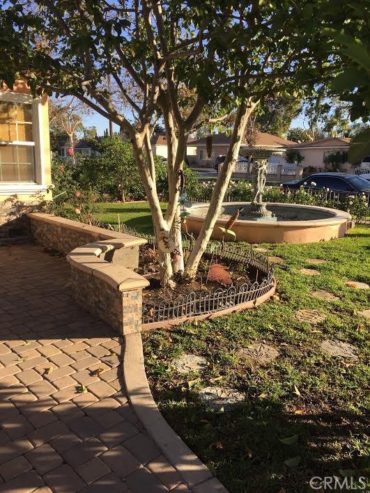 Single Family Home for Rent at 2142 Maple Street Santa Ana, California 92707 United States