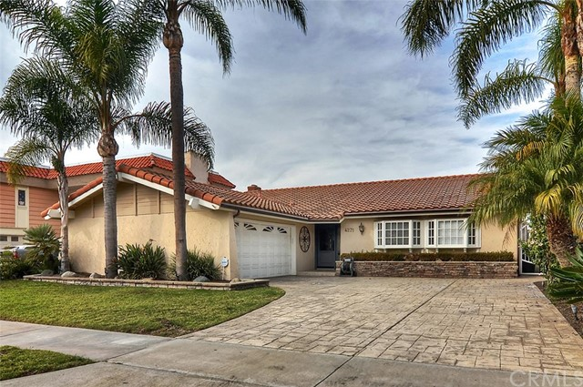 Single Family Home for Sale at 4271 Trumbull St Huntington Beach, California 92649 United States