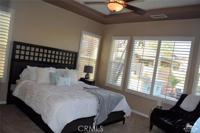 91 Shoreline Drive, Rancho Mirage CA: http://media.crmls.org/medias/8cb7977a-d282-407b-a6ef-6aca09e275cd.jpg