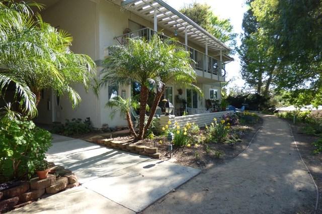 630 Avenida Sevilla, Laguna Woods CA: http://media.crmls.org/medias/8cb7bb03-e7a6-4053-9542-4ef664d89497.jpg