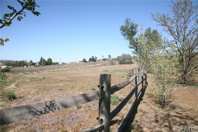 40725 Brook Trails Way, Aguanga CA: http://media.crmls.org/medias/8cb82b74-07c3-43c1-8679-dcca6ab0f27b.jpg