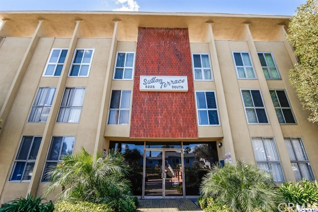 Condominium for Sale at 6225 Coldwater Canyon Avenue Unit 210 6225 Coldwater Canyon Avenue North Hollywood, California 91606 United States