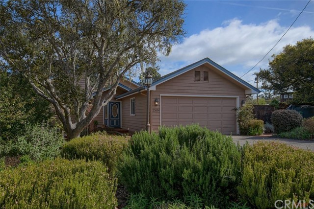 2504 Pineridge Drive, Cambria, CA 93428
