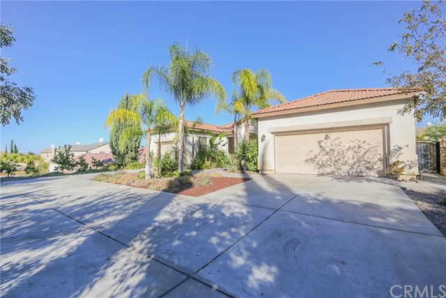 10 Via Palmieki Court Lake Elsinore, CA 92532 - MLS #: IG17245617