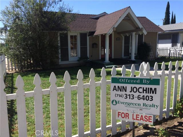 Single Family Home for Rent at 300 Jacaranda St Fullerton, California 92832 United States