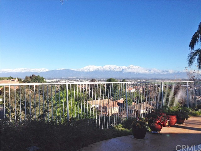 16458 Cyan Court, Chino Hills CA: http://media.crmls.org/medias/8cd5c844-b9ad-4e20-8e5b-04e4b15e2412.jpg