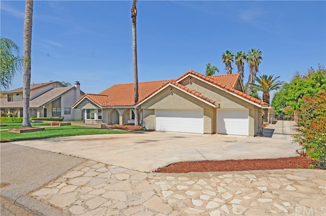 Single Family Home for Sale at 11053 Kayjay Street Riverside, California 92503 United States