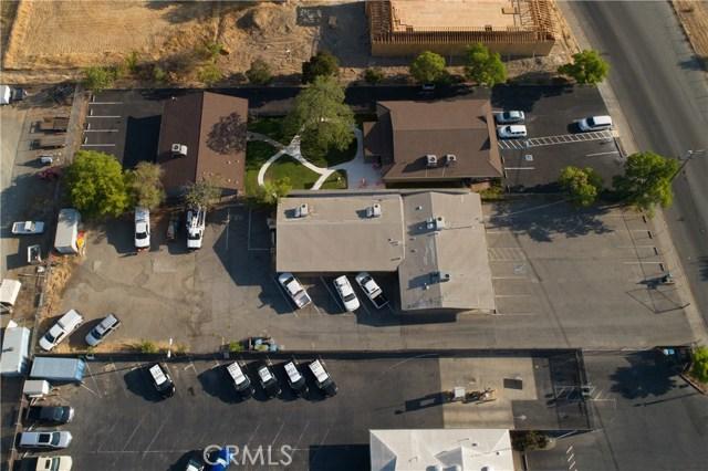 2060 3rd Street, Oroville CA: http://media.crmls.org/medias/8ce37815-4b7e-4260-ad49-401ad22fc478.jpg
