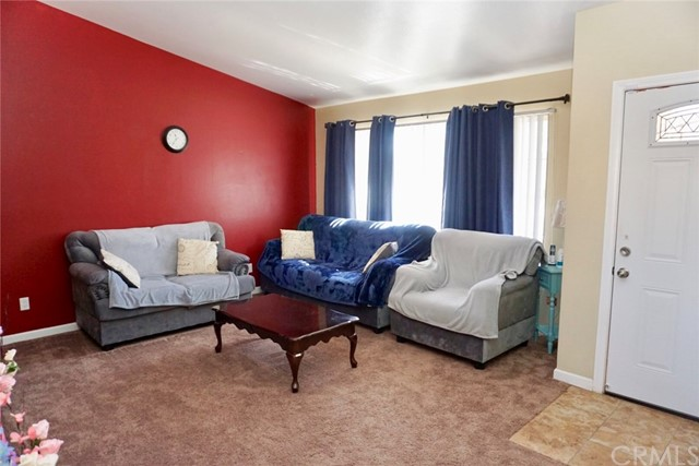 13002 Haverford Court, Victorville CA: http://media.crmls.org/medias/8ce9db53-4d2a-4ed7-9f5e-c5bf353e7481.jpg