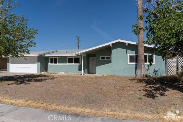 316 Acacia Street, Blythe CA: http://media.crmls.org/medias/8ceed718-20ff-493f-b488-d07c5ff446ec.jpg
