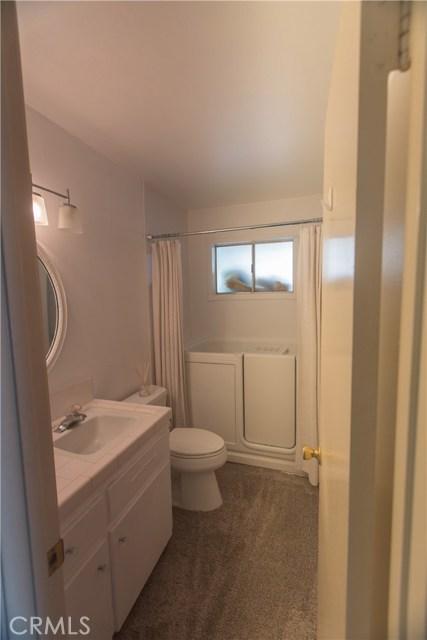 9486 Balsa Street, Rancho Cucamonga CA: http://media.crmls.org/medias/8cfbf91f-625e-4557-ba82-49886d4cd81c.jpg