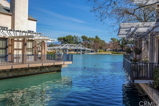 25 Waterway, Irvine, CA 92614 Photo 2
