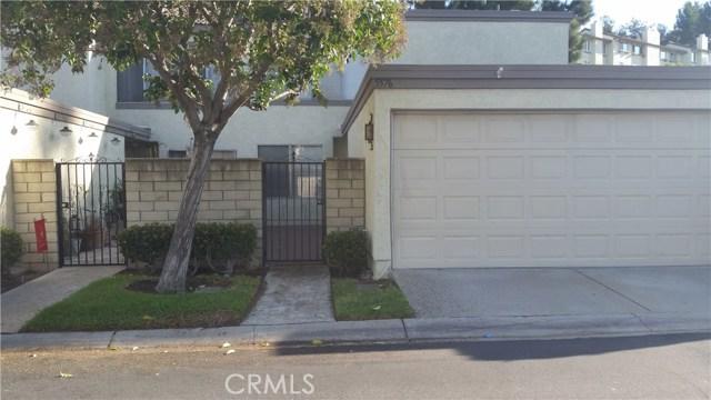 5576 E VISTA DEL RIO, Anaheim Hills CA: http://media.crmls.org/medias/8d18170c-06a3-45a2-9b26-74ffc5f68ea7.jpg