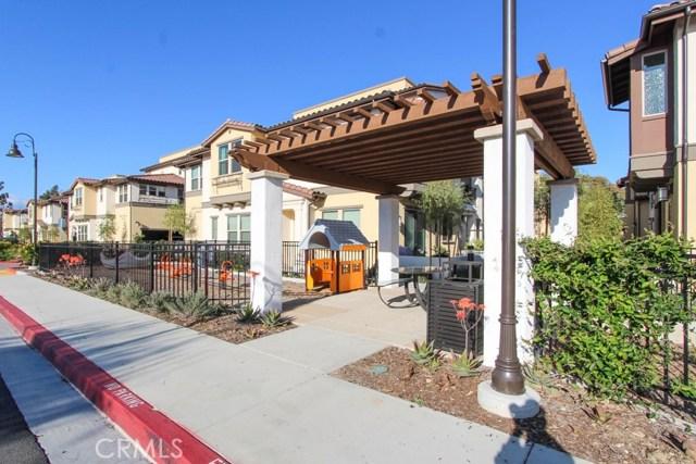 3830 W KENT Avenue, Santa Ana CA: http://media.crmls.org/medias/8d192b25-b577-4ad2-9f4c-721d9bd4d2ac.jpg