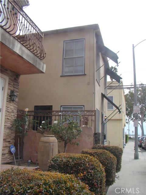 20 Nieto Avenue, Long Beach CA: http://media.crmls.org/medias/8d1979c2-36bf-4845-a184-42d8979b0c2d.jpg