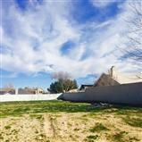 82 Spring Valley, Victorville CA: http://media.crmls.org/medias/8d4ba3ae-e12f-466d-9947-2b7954af7e67.jpg