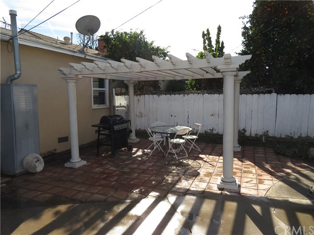 6449 Cerritos Av, Long Beach, CA 90805 Photo 8