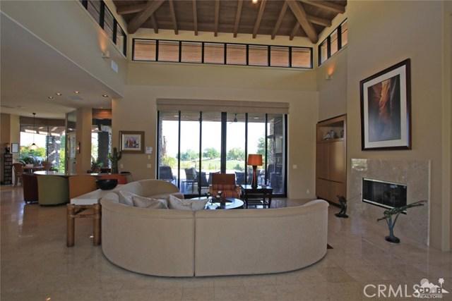 428 Morning Dove, Palm Desert CA: http://media.crmls.org/medias/8d5b7353-8b68-4041-9f88-c7de64ea9039.jpg