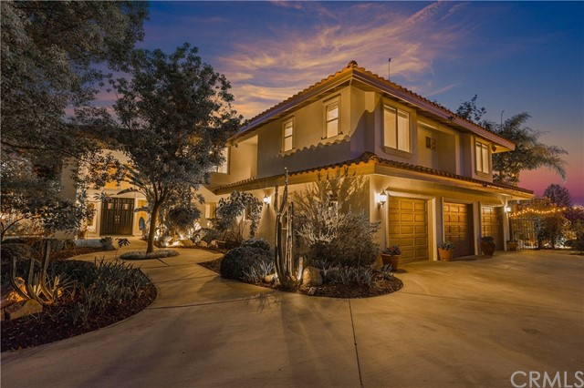 Photo of 1923 Middle Creek Road, Riverside, CA 92506