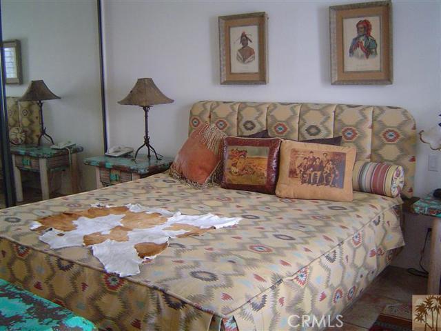 95 Tennis Club Drive, Rancho Mirage CA: http://media.crmls.org/medias/8d767a47-ce97-42b1-a3ea-83a60d8f3c27.jpg