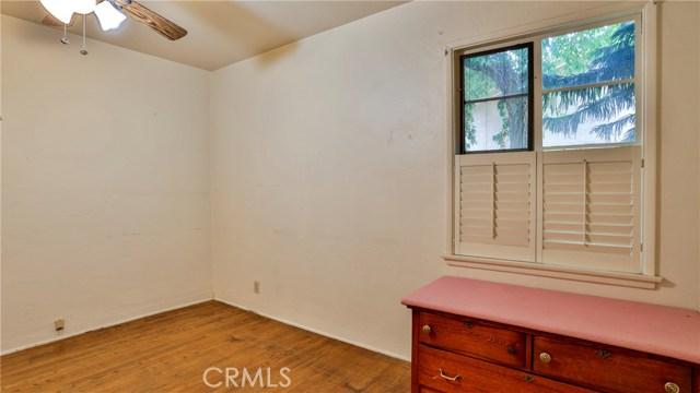 823 Glendenning Way, San Bernardino CA: http://media.crmls.org/medias/8d78465e-330d-460f-b681-12b6b2805aca.jpg