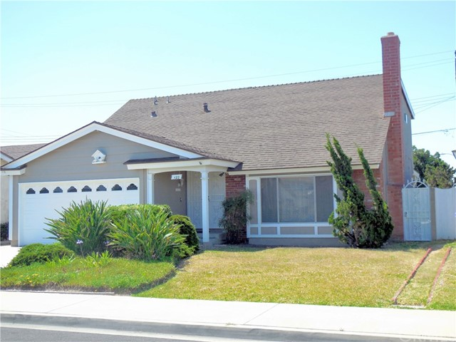Single Family Home for Sale at 122 230th Street W Carson, California 90745 United States