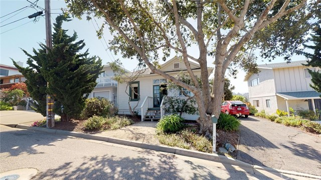 500  Downing Street, Morro Bay, California
