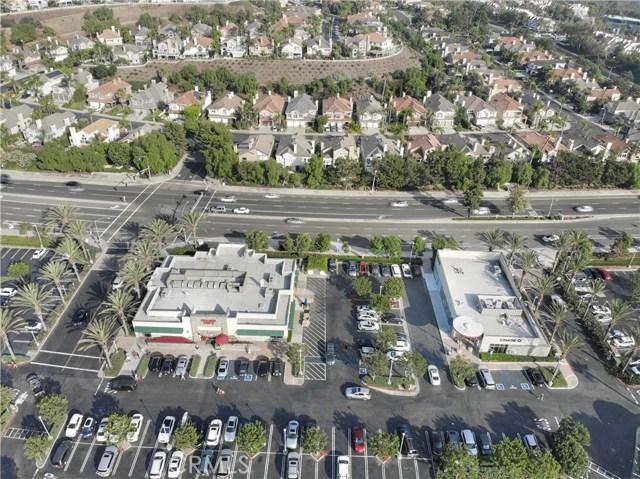 61 La Paloma, Dana Point CA: http://media.crmls.org/medias/8d931ec3-24b9-4180-bd98-dfe27dac09b6.jpg