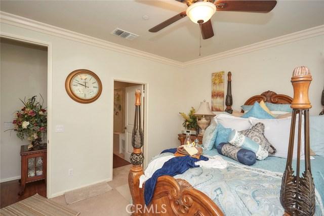 11457 Mint Street, Apple Valley CA: http://media.crmls.org/medias/8d9d4822-24d6-4b78-b149-55db12d6b695.jpg