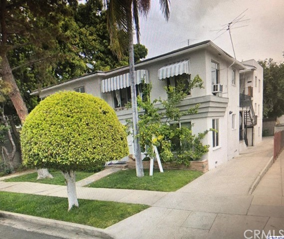 1972 N KENMORE Avenue, Los Angeles CA: http://media.crmls.org/medias/8d9e691e-d7f6-403c-abca-cf6ac5afa506.jpg