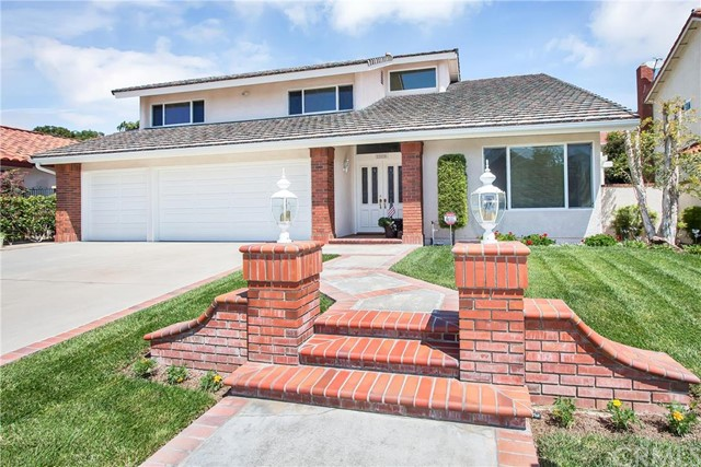 22525 Conil Mission Viejo, CA 92691 is listed for sale as MLS Listing OC16141915