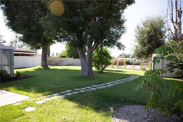 10377 Devillo Drive, Whittier CA: http://media.crmls.org/medias/8d9e99aa-7b65-46c3-981d-219214b5d177.jpg