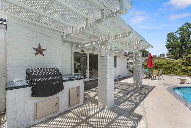 7380 Whitegate Avenue, Riverside CA: http://media.crmls.org/medias/8da1ca09-d174-4cfe-9845-9a30c49867fd.jpg