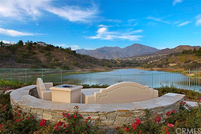 32 Barneburg, Rancho Santa Margarita CA: http://media.crmls.org/medias/8da2872c-08ca-4e67-a651-f977a0df7818.jpg