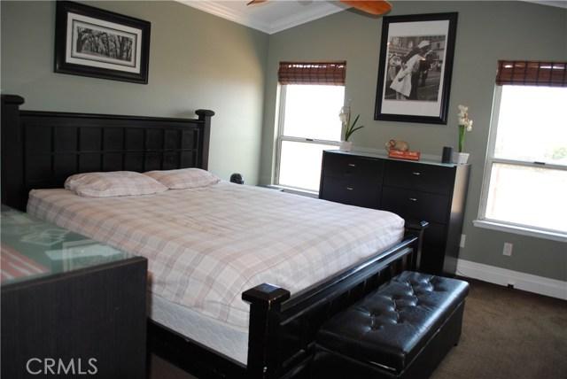 872 Amherst Street, Corona CA: http://media.crmls.org/medias/8da3b311-c5b5-4536-aa91-f85631b33092.jpg
