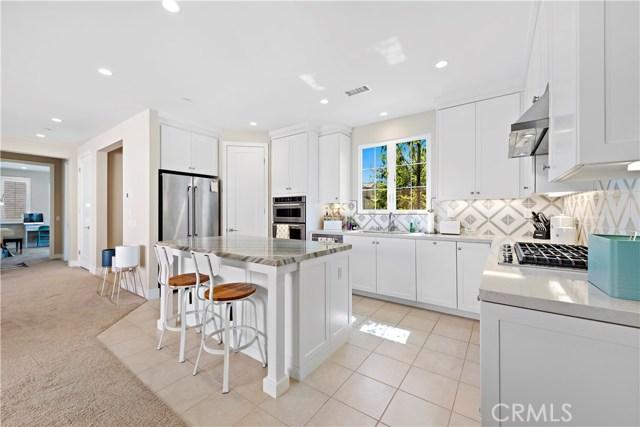 190 Villa Ridge, Irvine CA: http://media.crmls.org/medias/8daf4848-d318-4aac-9339-9473a0dd9036.jpg