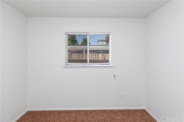2504 Vasquez Place, Riverside CA: http://media.crmls.org/medias/8db600ff-61b5-46ee-8bde-fec99cfb60cc.jpg