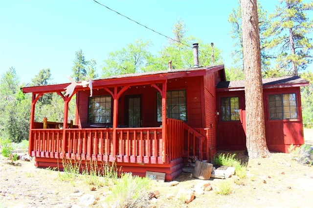 156 Lakeview Tract, Fawnskin, CA 92333 Photo